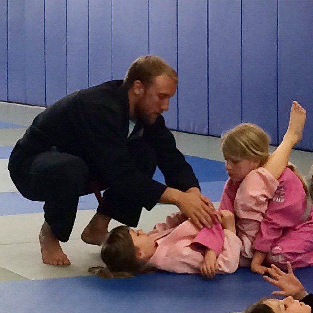 Nathan instructing the kids--photo courtesy of Nathan Mendelsohn